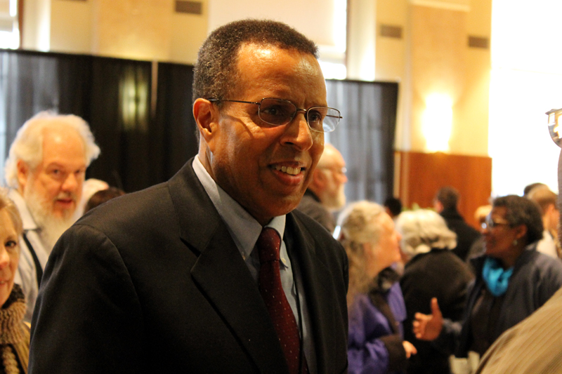 Dr.RobertD.Thompson,Jr
